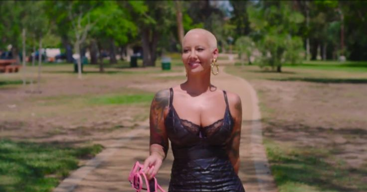 National Treasure Amber Rose Presents Delightful Guide to Mastering the 'Walk of No Shame'