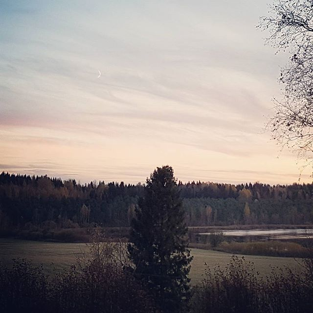 Another beautiful #sunset from my window at #Arteles #artistresidency in #Finland with the #waxingmoon now visible!
