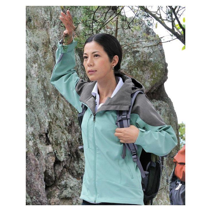 Echipament de munte: Geaca Softshell MILO sau pasaportul femeilor spre tarile calde