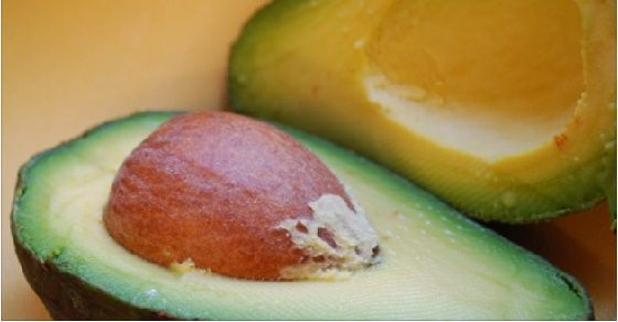 hmmmmm.....Viral Alternative News: Stop Throwing These Away- The Seeds of Avocado are Superfoods!