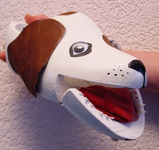 #Puppet made out of a wooden shoe. Can also be used as a musical instrument. Made by #PoppentheaterPeterselie