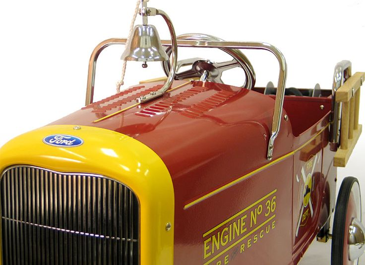 1932 Ford Roadster Fire Engine Pedal Car | Classic Pedal Car  sc 1 st  Pinterest & 341 best Pedal Cars images on Pinterest | Pedal cars Car and ... markmcfarlin.com