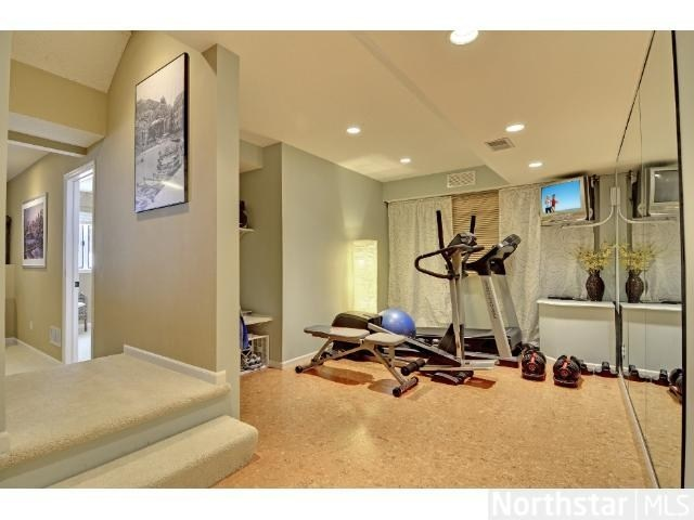 19 best images about exercise room on pinterest for Workout room colors