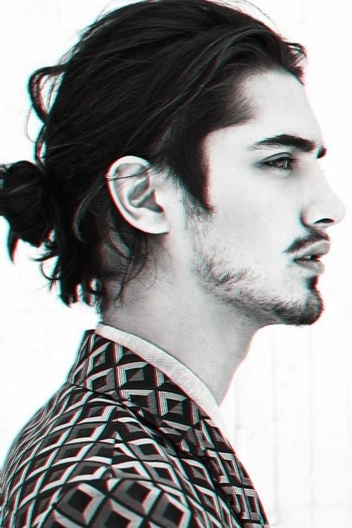 The blurry man bun | Community Post: 20 Man Buns That Will Ruin You For Short-Haired Guys