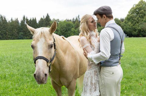 Hochzeit Alle Fotos Von Alicias Und Viktors Jawort Sturm Der Liebe Sturm Romantische Fotos