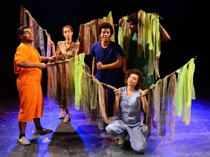 """As crenças e a mitologia da cultura indígena guarani servem de inspiração para o espetáculo infantil """"Mitos Indígenas"""", da Cia. de Teatro Os Satyros."""
