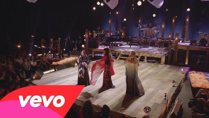 "Las Tres Grandes - ""Cómo Agradecer"" - ft. Guadalupe Pineda, Tania Libertad, ..."