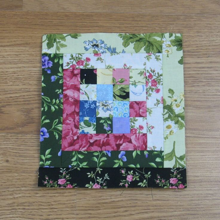 Free Pattern – Four Patch Log Cabin Quilt Block