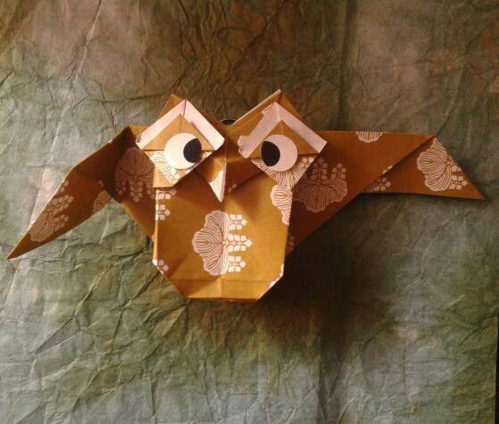 A new owl by Simon Andersen.Folded by me http://papirfoldning.dk/en/diagrammer/ugle04.html