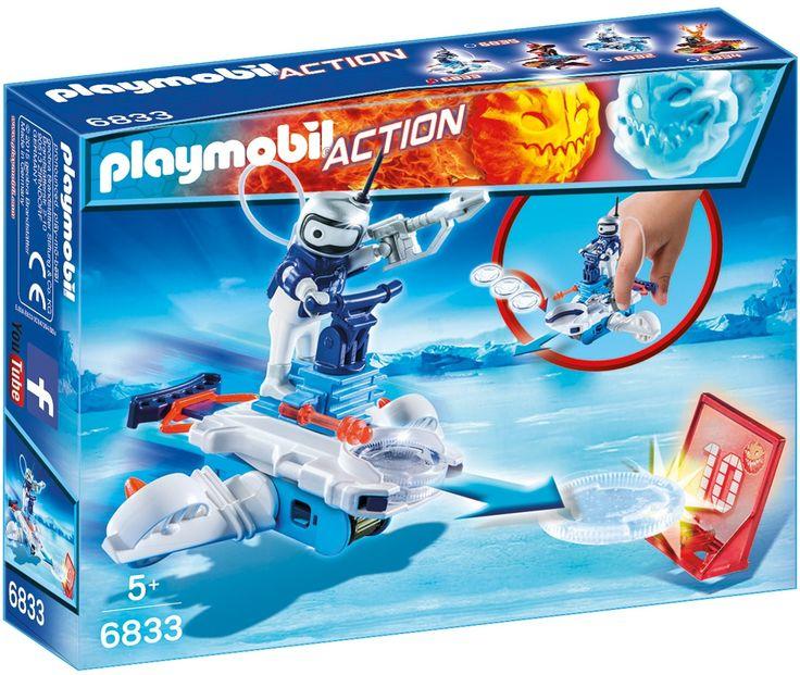 Haal het 10-puntendoel neer met je hippe ijs-disc-shooter en verzamel zo punten! Katapulteer de ijsprojectielen naar het doel en verzamel zoveel mogelijk punten. Elk raak doelpunt levert 10 punten op voor Icebot. Hoeveel punten zal je halen? Geschikt voor jongens en meisjes vanaf vijf jaar oud.   Afmeting: 202x396x153 mm - Icebot met disc-shooter Playmobil (6833)