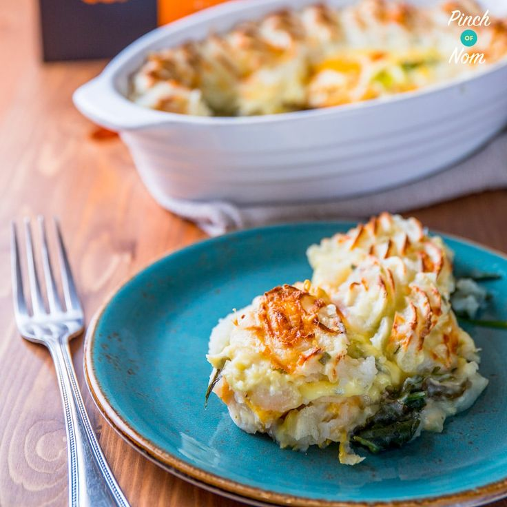 If it swims it slims is a mantra we live by. This 1 Syn Smoked Haddock and Cheese Gratin is the perfect Slimming World feast!