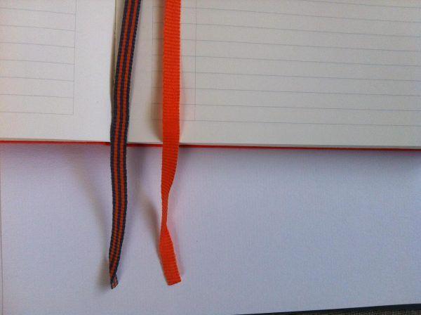 Használj könyvjelzőket és egy mozdulattal a megfelelő helyen nyílik ki a füzeted!  Bullet Journal | navigáció | zezil
