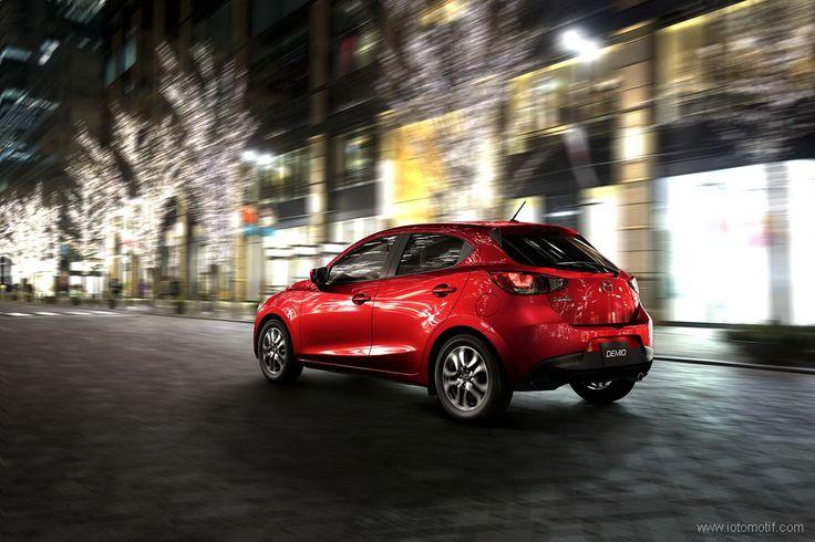 Perbandingan Singkat Mazda2 Baru dan Lama - http://www.iotomotif.com/perbandingan-singkat-mazda2-baru-dan-lama/30020 #AllNewMazda2, #HargaMazda2, #Mazda2, #Mazda22014, #Mazda22015