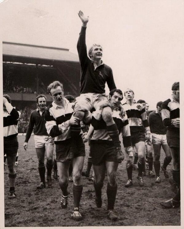 On #thisday 1961 @bokrugby captain Dawie de Villiers shouldered off after only defeat in 34 matches v @Barbarian_FC