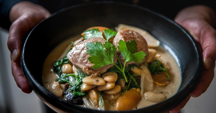 If you're running out of inspiration for simple, tasty midweek meals, you're not alone. This is something new and delicious to try using smashing pork medallions. The warming cassoulet is built around beans, spinach, apricots and prunes for insane flavour and textures. It's all made in one dish, so less fuss and less washing up!