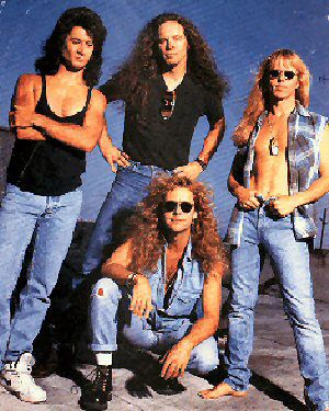 "I saw Damn Yankees on the ""Don't Tread"" tour at the Jackson Country Fairgrounds in Medford, OR. Jackyl was the opening band."