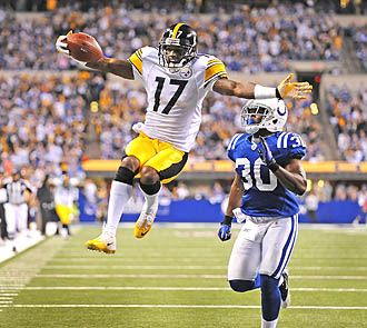 Mike Wallace gets me so freaking pumped for Steeler Football. Love him!