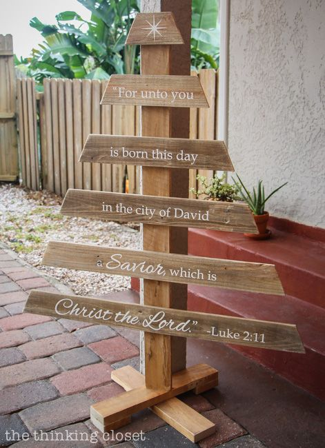 DIY Rustic Pallet Christmas Tree (with full tutorial) a Silhouette vinyl project — the thinking closet