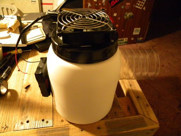 Make A Cold Air Fan From Reused Plastic Bottles