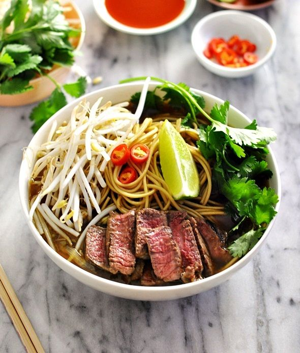 I have always wished to make my own beef pho. It's so comforting and refreshing having noodle soup as a meal. I love the crunchy bean sprouts, the ever-so-flavourful broth, the fresh coriander, the...
