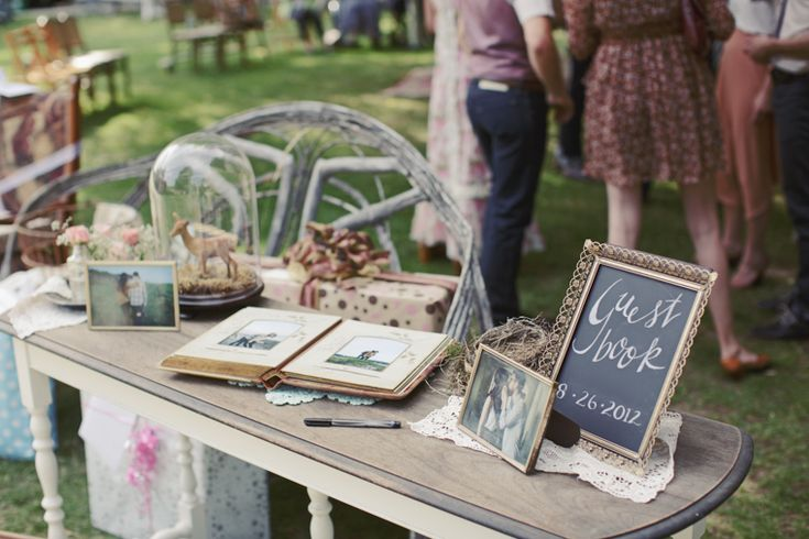 love everything about this wedding ... decor ideas for parties.