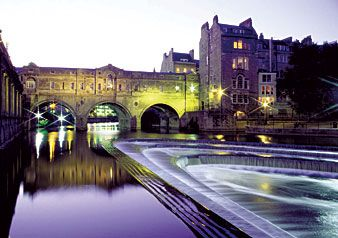 Possible Day Tour - DISCOVER STONEHENGE, BATH AND WINDSOR