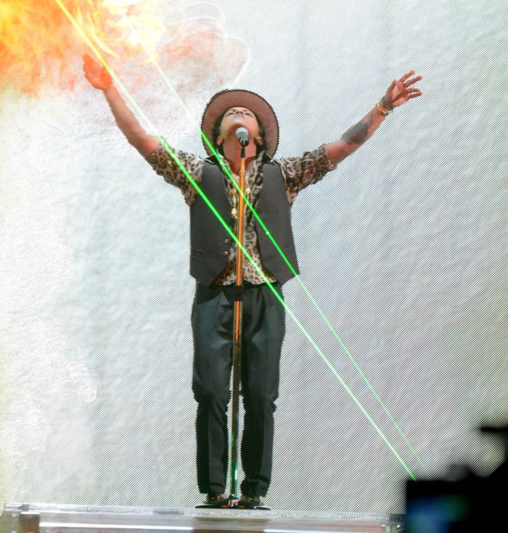 Fire and Laser with #BrunoMars
