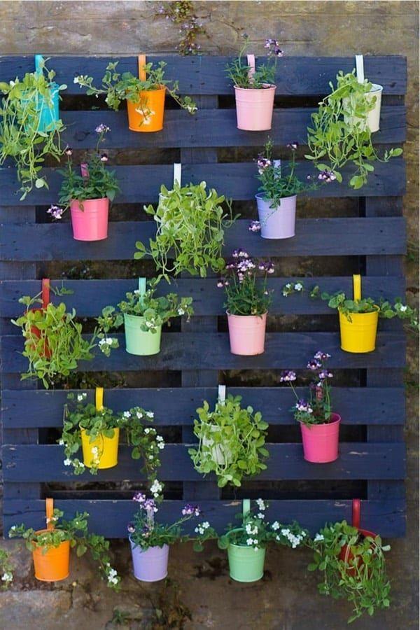 35 Best Pallet Garden Ideas Diy Tutorials For 2021 Crazy Laura Pallet Projects Garden Vertical Garden Diy Pallet Garden Walls
