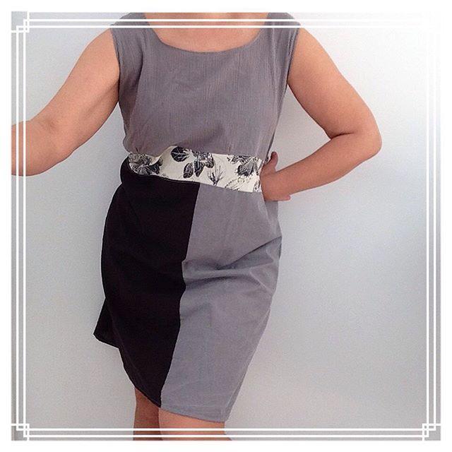 #dress #vestido Mixing #prints and #patterns of #recycledmaterial #recycledfabrics #recycle #recycled #reciclaje #reciclajecreativo #reciclajeconestilo #hechoamano #handmade #sewing #coser #style  #midiseño #mydesign #sustainable #sustainableliving #sustanible #sustaniblefashion #vhga #upcycle #reuse #oneofakind #piezasunicas #unique  #granalacant