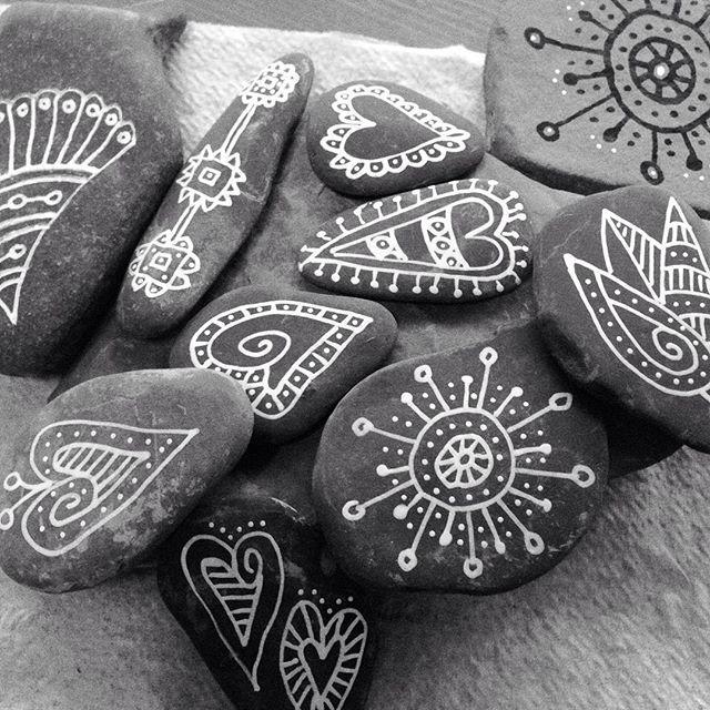 Loving this white paint pen! #rocks #whiteonblack #blackandwhite #paintedstones #rockhearts #rockdoodles #rocktangles #rockpainting #zentangles #rockzen #therapystones #etsy #etsyshop #etsyelite #etsyforall