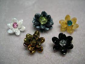 Барб Бисероплетение Мысли: Крошечные Цветы с длинными Magatama 4x7 м / м Бусы