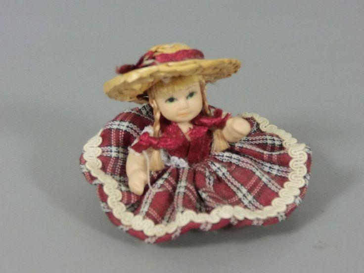 Maxi EI Bewegliche China Puppen 2002 Puppe Mit Rotem Kleid | eBay