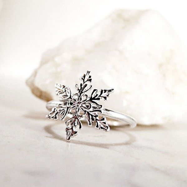 Snowflake ring, Sterling Silver, Winter jewelry, stackable ($26) ❤ liked on Polyvore featuring jewelry, rings, sterling silver rings, stackers jewelry, sterling silver jewelry, sterling silver band rings and sterling silver snowflake jewelry