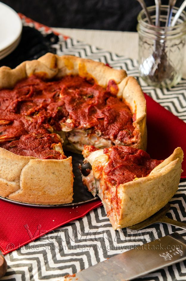 Deep Dish Pizza | Community Post: 10 Vegan Dishes That Will Have You Questioning Your Beliefs In Animal Products