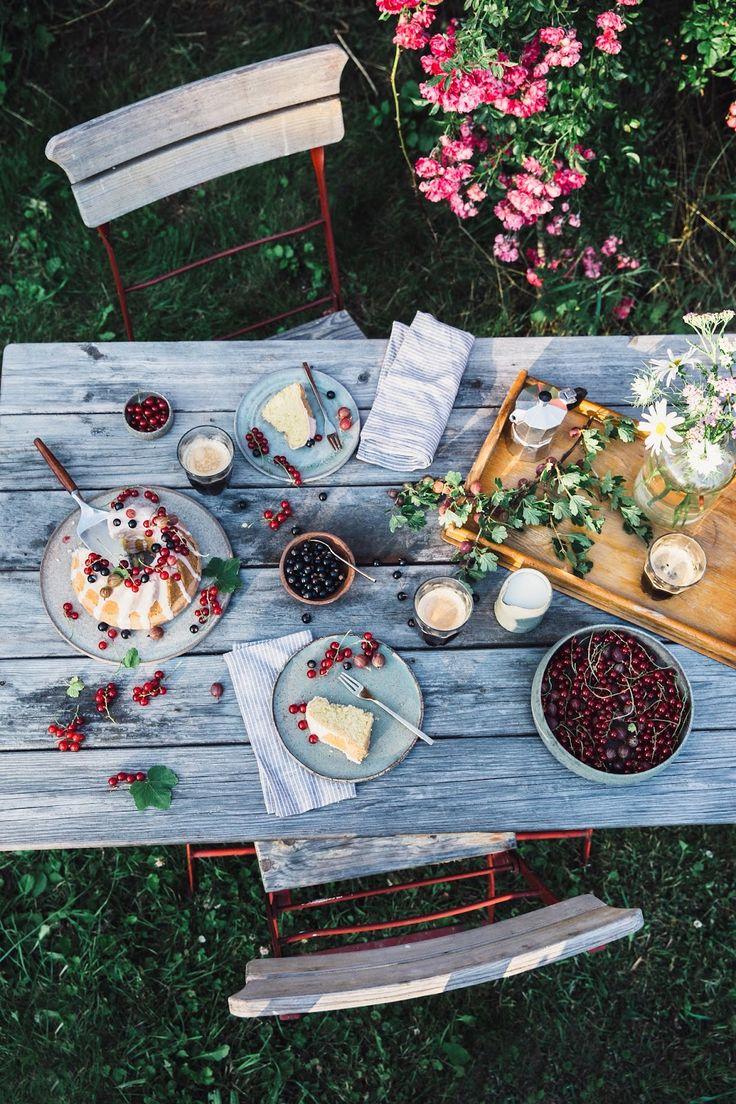 unsere Nahrung Geschichten: gluten Kokosnuss Gugelhupf mit Beeren aus dem Garten