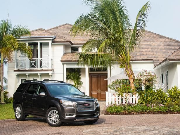 The winner of the HGTV Dream Home 2016 Giveaway will receive The 2016 GMC Acadia Denali. From the experts at HGTV.com.