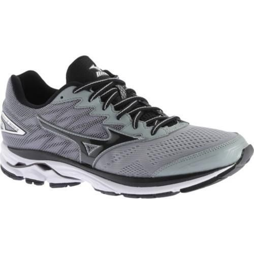 Stay active with Mizuno's Wave Rider 20 Running Shoe for men. With softer  cushioning and