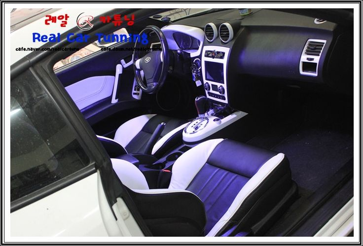 hyundai tiburon tuscani white and black interior