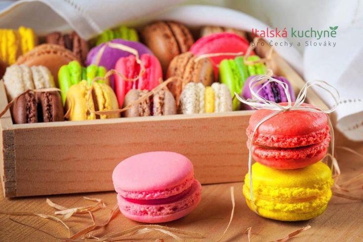 Italská kuchyně pro Čechy a Slováky - MAKRONKY jsou lahodné a rafinované sušenky, klenoty francouzského cukrářství, které stimulují fantazii a kreati