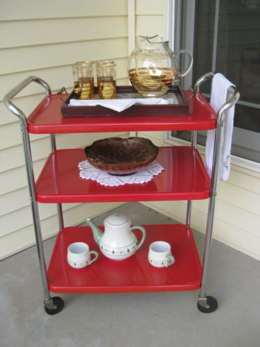 Superb VINTAGE 1950s Cosco RED TEA CART ORIGINAL PAINT GREAT FOR THE RETRO KITCHEN