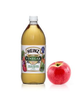 Heinz Apple Cider Vinegar - ACV has to be one of the best discoveries I've made this summer. Like many others who have gone all-natural on their hair routine, I use this every day as a detangling rinse and sometimes skip the conditioner. ACV has so many different uses and benefits. I've used it on bug bites, acne, and it also helps with many cold symptoms. For no more than a few bucks, it's definitely worth it to keep one of these in stock at all times. | heinzvinegar.com | #greendorm