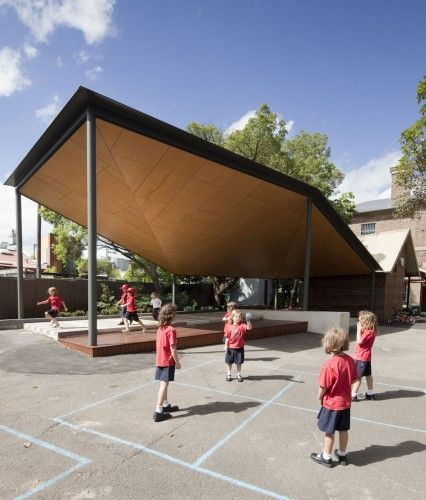 Australia St infants School COLA designed by Scale Architecture features this irregular and dynamic roof structure.