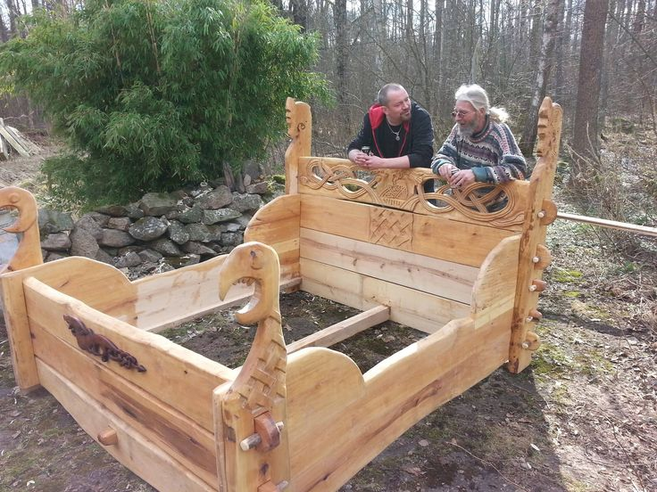 Pin By Clyde Hays On Asatru Viking Bed Viking Decor