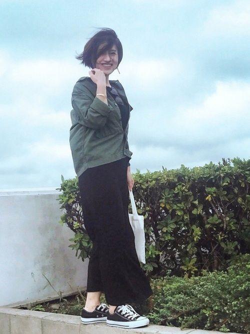 海ほたるで着回しコーデ★ トゥデイフルの黒ワンピに アメリカンラグシーの カーキのジャケットを合わせ