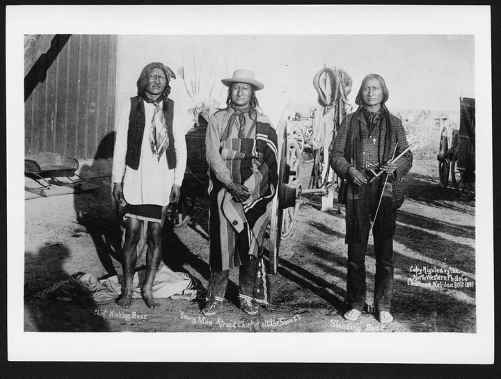 oglala single guys Incident at oglala is a 1992  released as the fourth and final single from  kidder's mission in june 1867 kidder and his men were ordered to take.