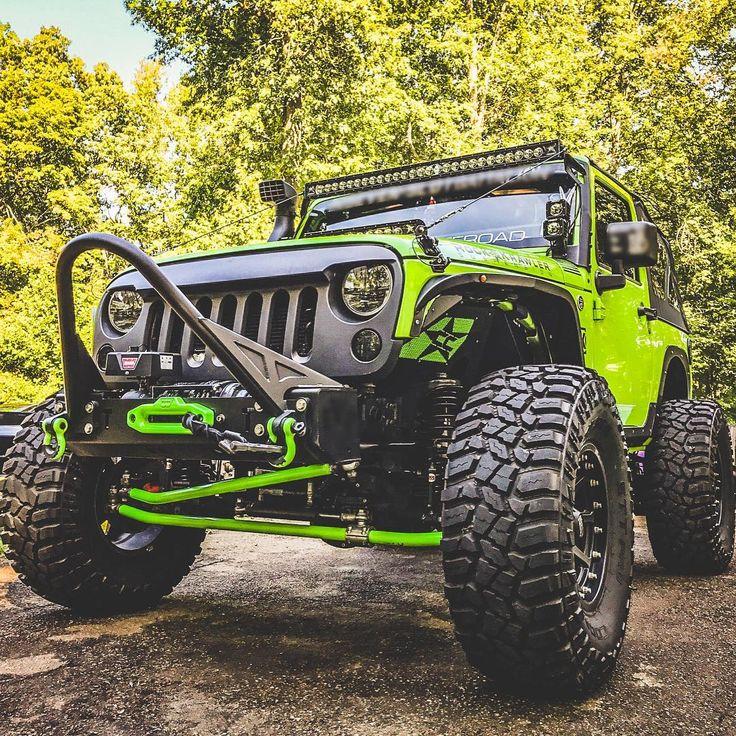 Mean machine. 📸: @fiona.jk    #itsajeepthing #jeeplove #jeeplife #wrangler #jeepwrangler #jeepporn #jeepfamily #OIIIIIIIO