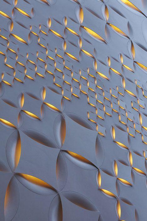 Detail shot of the Louis Vuitton Tokyo facade designed by Aoki Jun.
