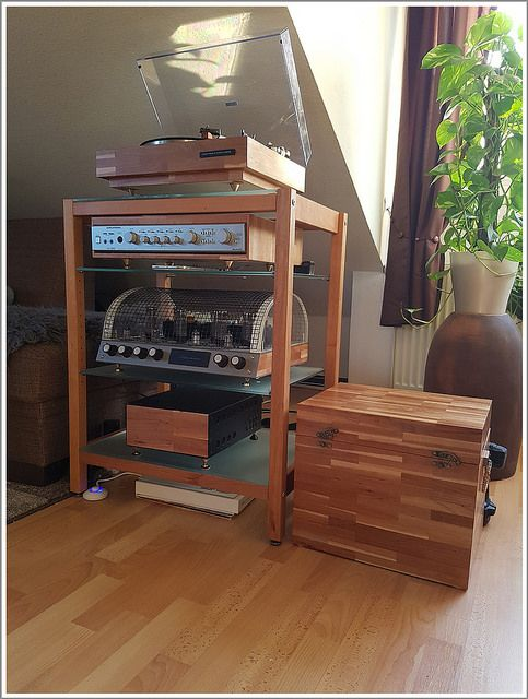 die besten 25 hifi rack holz ideen auf pinterest audio. Black Bedroom Furniture Sets. Home Design Ideas
