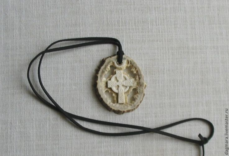 "Кулон ""Кельтский крест"" - кельтский крест,кельтский узел,белый,готика"