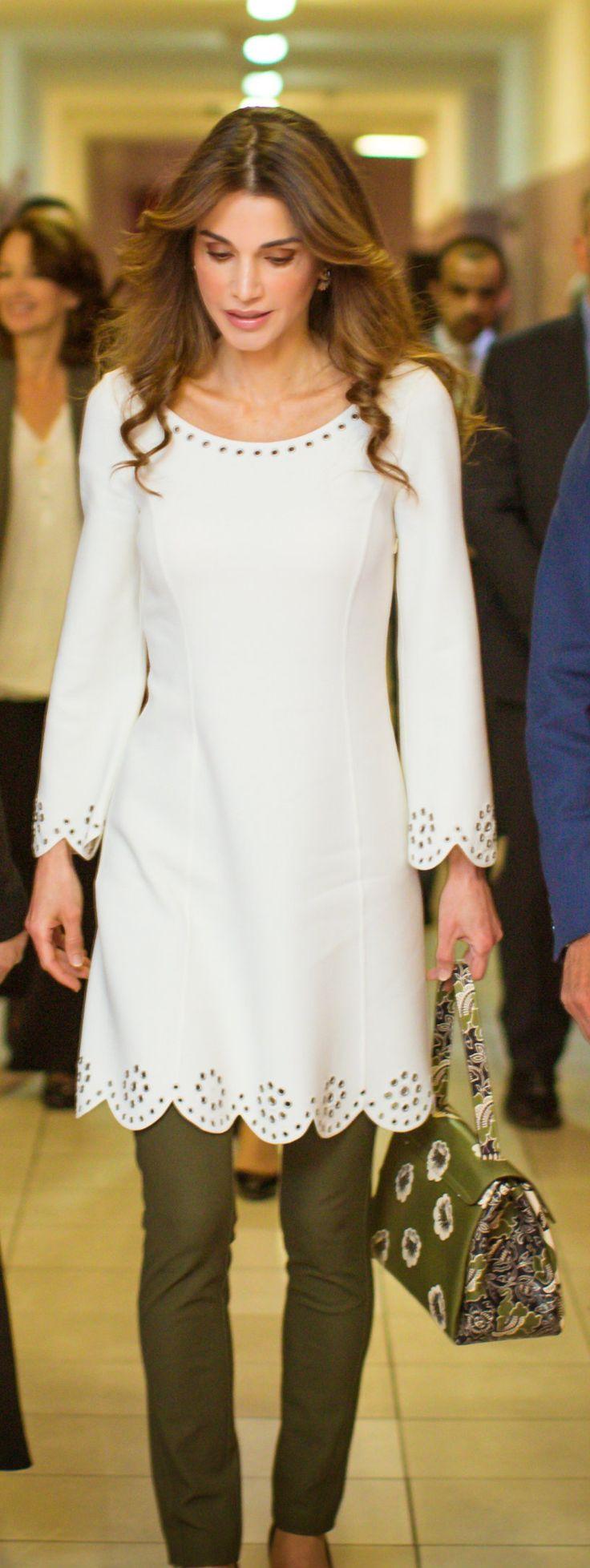 Queen Rania Fashion 17 Best ideas a...